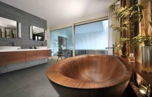 Деревянная ванна – изделие, которое обязательно станет изюминкой интерьера