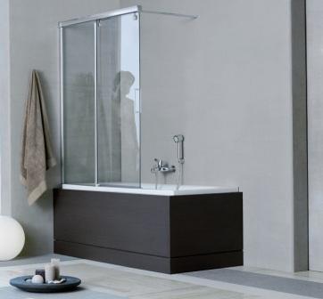 Дверцы для ванной могут быть как прозрачные, так и матовые, и цветные