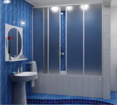 Раздвижные дверцы для ванной занимают намного меньше места, и более удобны в эксплуатации