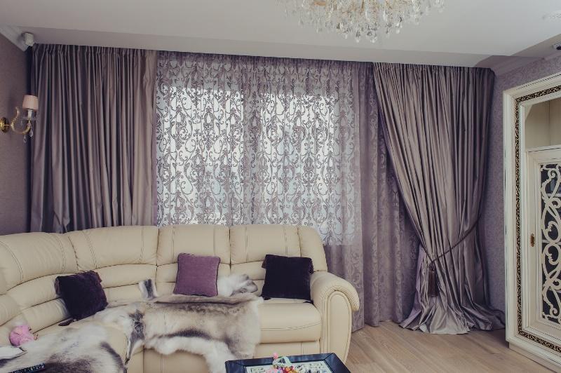 Портьеры на окнах вашей комнаты - это часть интерьера