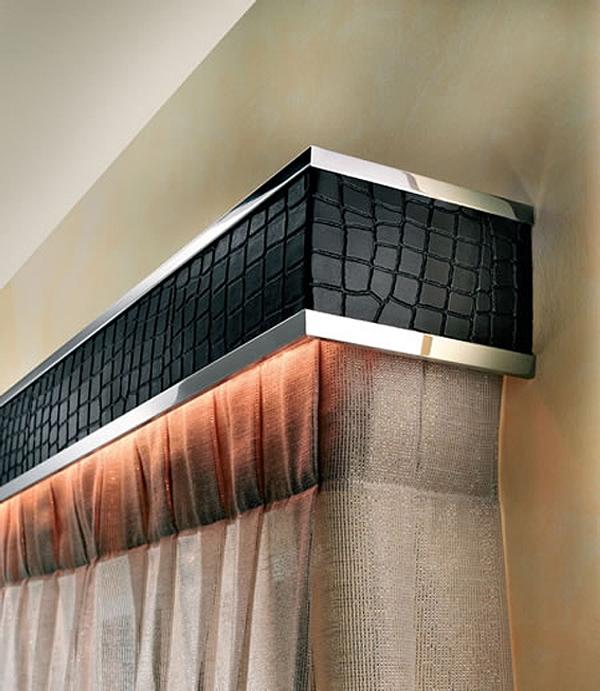 Карниз - это не только элемент декора, который должен удачно вписываться в общую стилистическую концепцию комнаты