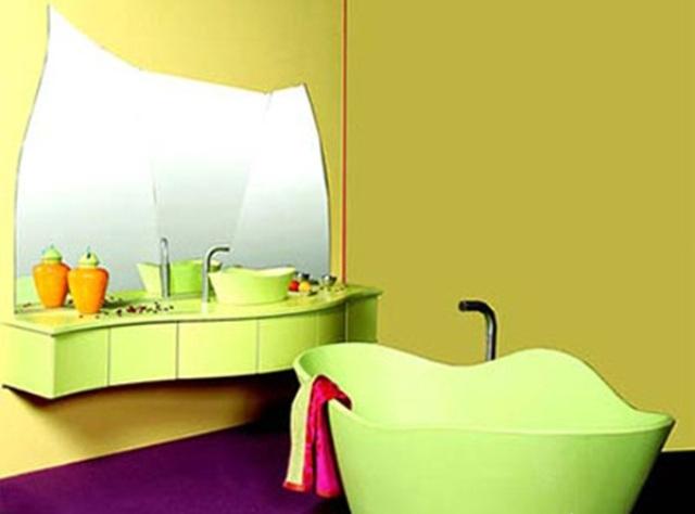 Среди недостатков краски необходимо отметить то, что краска плохо переносит частое мытье агрессивными моющими средствами