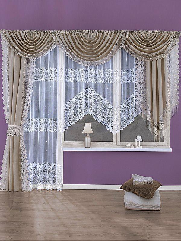 Для оформления окон можно выбрать шторы с подхватом