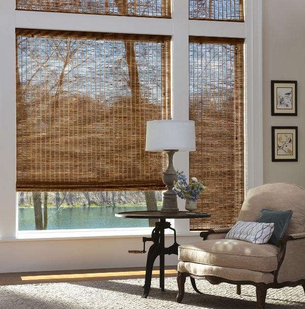 Технология изготовления подобных изделий достаточно сложна, поскольку подразумевает сплетение множества побегов бамбука между собой при помощи специальных нитей
