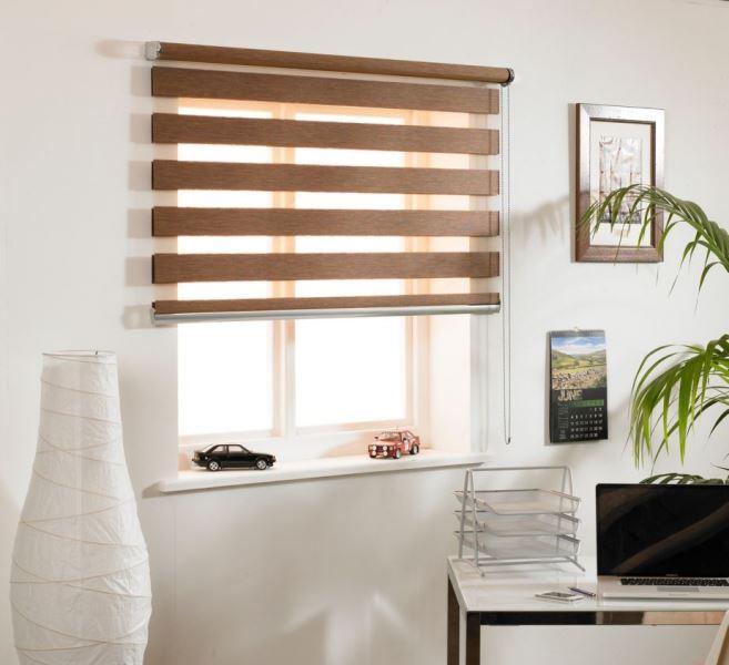 Рулонные шторы День-ночь очень просты в использовании