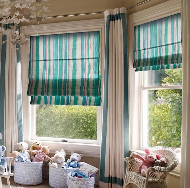 Для мальчиков, особенно в подростковом возрасте, наличие римских штор позволяет лучше осваивать пространство помещения