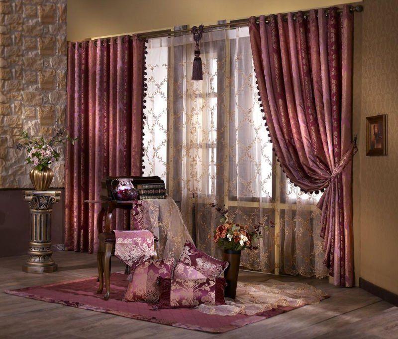 Чем изящней и дороже выглядит ткань, тем лучше и достойней будет внешний вид комнаты