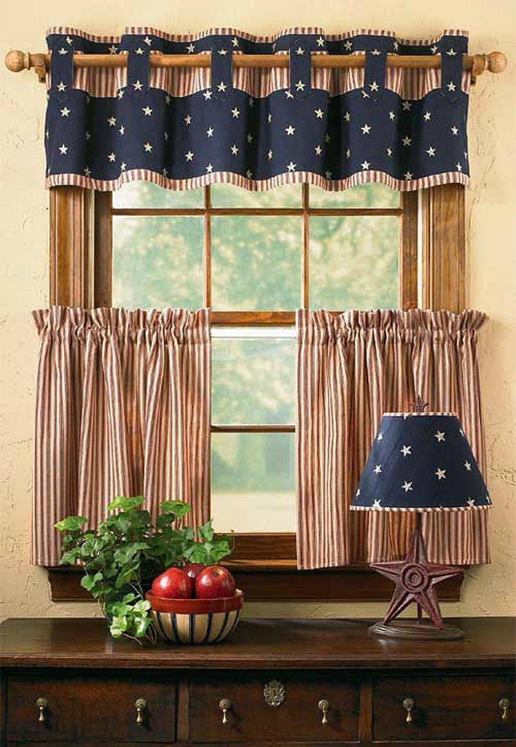 Идеально подходят укороченные шторы для маленькой комнаты