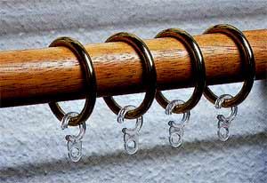 Крючки для штор - удобный, а иногда необходимый элемент крепления