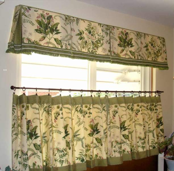 Пошив штор на кухню для каждой женщины является очень творческим делом