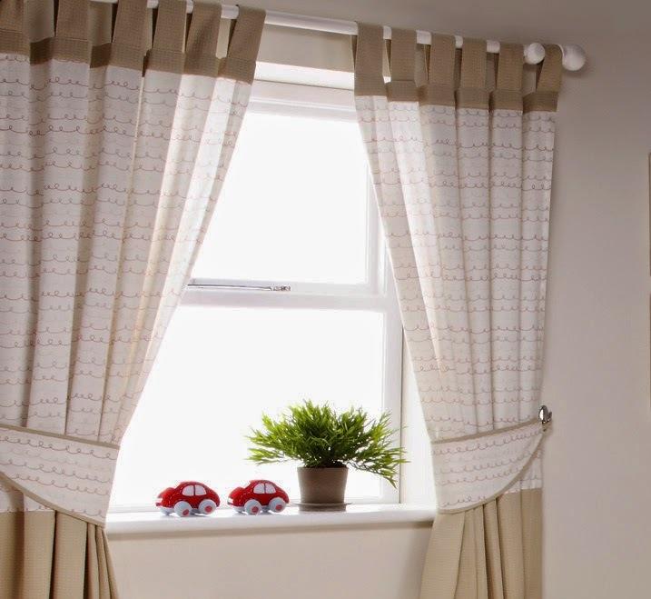 Благодаря прочности материала и достаточно простому уходу за ним, лен часто рассматривается в качестве кухонного текстиля