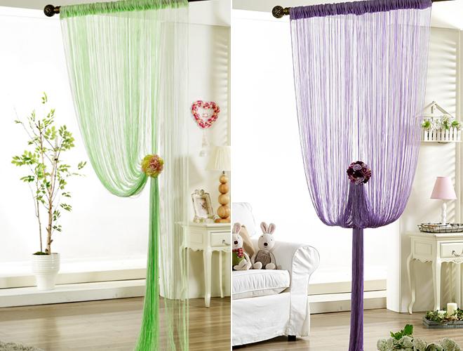 Очень нарядно смотрятся шторы из кисеи цветные