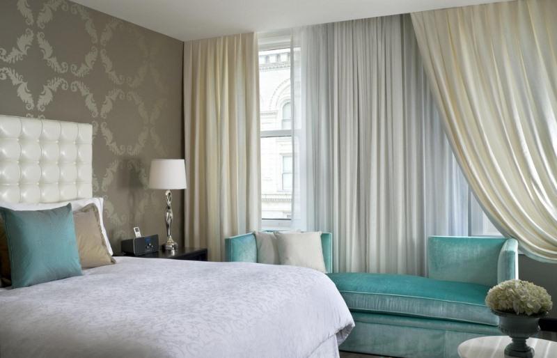 Шторы серого цвета универсальны и отлично сочетаются с оформлением гостиной, спальни, кабинета или детской комнаты