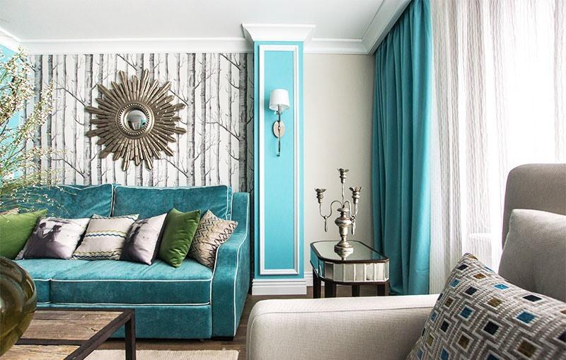 К одному из вариантов декорирования окон стоит отнести лиловые шторы