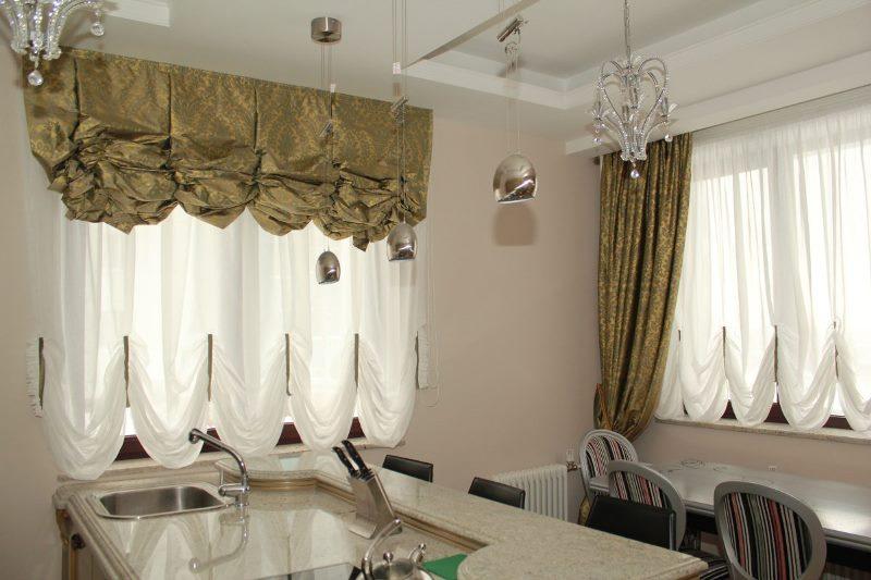 Французские - стильные занавеси, которые сделают кухонное пространство необычайно нежным и уютным