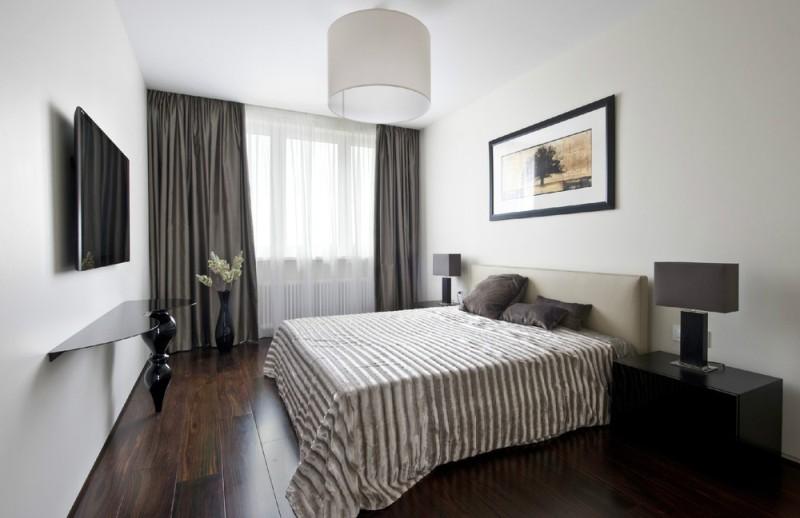 Самым приемлемым вариантом для создания современного интерьера являются классические шторы