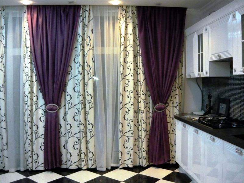 Дизайнеры, для того чтобы делать шторы самому, советуют выбирать прочную, качественную, но недорогую ткань