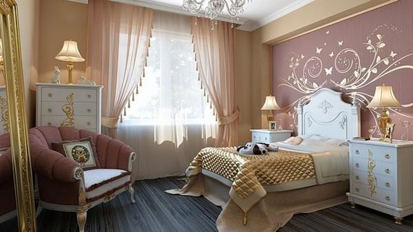 Красивые шторы в спальню должны гармонировать с другими деталями интерьера по цвету, фактуре, стилю и особенностям освещения