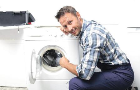 Рекомендовано установить перед входом в прибор специальные фильтры, чтобы вода в стиральную машинку поступала уже очищенной