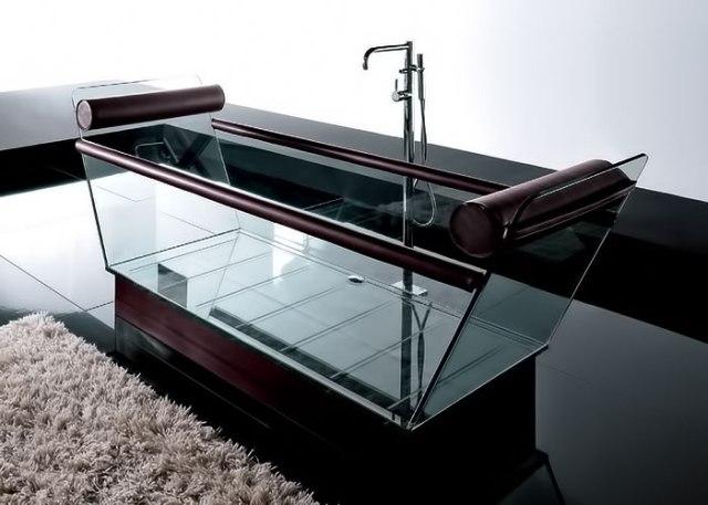 Вне зависимости от вида ванны, главным критерием качества является удобство внутренней купели и подголовников