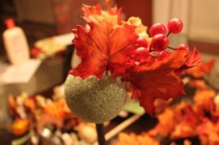 Топиарий из осенних листьев позволит сохранить неземную красоту у себя дома