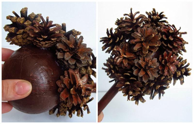 Топиарий из сосновых шишек предполагает, что шишки будут основным элементом декора