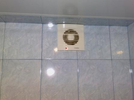 Осевые вентиляторы – самые простые и распространенные. Производительность их невысока