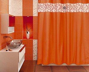 Занавеска в ванной защищает комнату от брызг, а вас от нежелательных взглядов