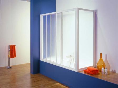 Занавески из прозрачного пластика со временем теряют свой изначальный вид