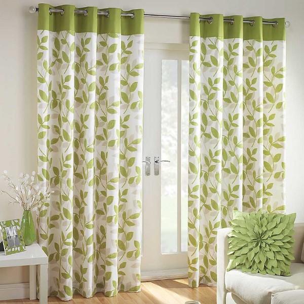 Зеленые шторы, по мнению психологов, благотворно влияют на эмоциональное состояние организма человека