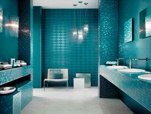 Плитка мозаикой на стенах и на полу