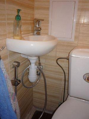 Как подобрать раковину для туалета
